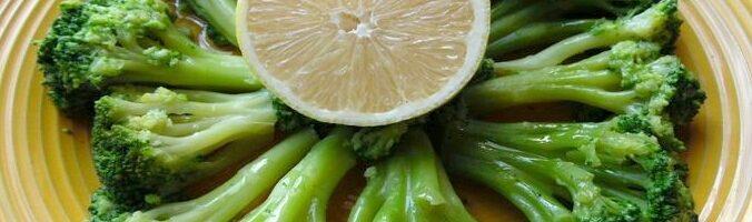 Broccoli di Natale all'insalata: il contorno delle feste